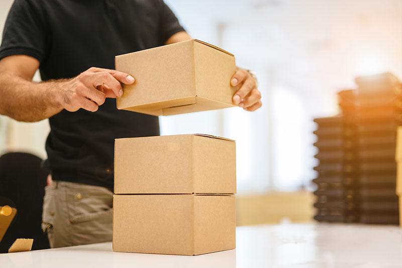 Como reduzir os custos de envio de encomendas