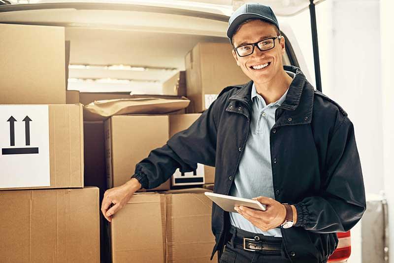 Rastreio de encomendas: vantagens de contratar uma transportadora