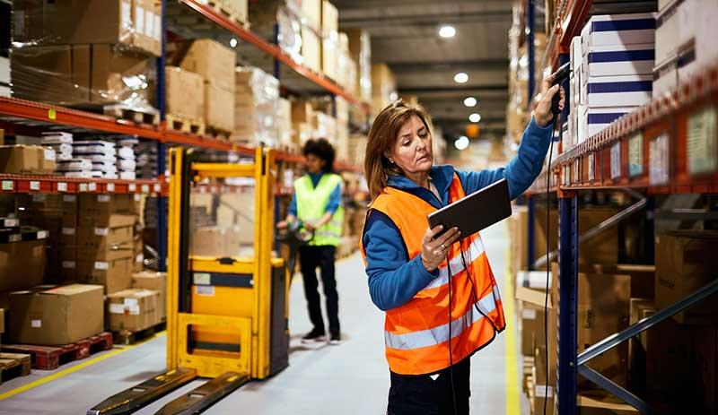 Vantagens de contar com um operador logístico no atendimento de pedidos